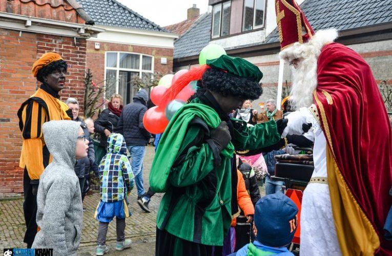 Niezijl viert Sinterklaasfeest