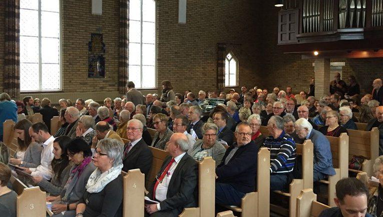 Niezijl neemt afscheid van gereformeerde kerk