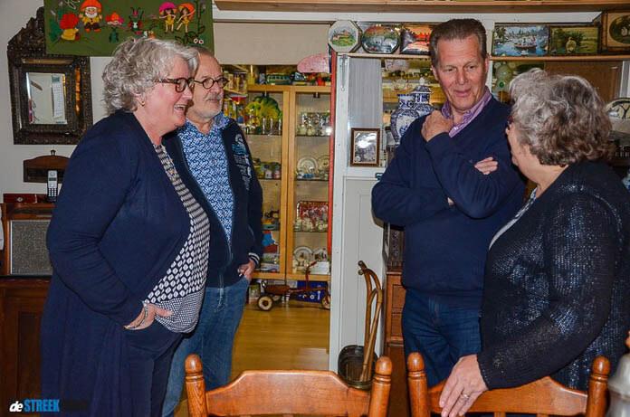 Burgemeester bezoekt Blik, Trommel en Oudheden Museum